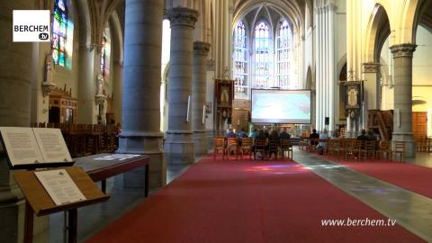 Berchem Creatives palmt Sint-Hubertuskerk in met films en foto's (video) Berchem TV