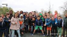 Schoolkinderen leggen nieuw bos aan in Berchem