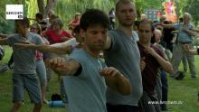Opnieuw gratis tai chi- en yogalessen in het Brilschanspark Berchem TV
